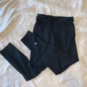 Black Leggings with pockets!